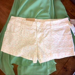 NWT floral twill shorts